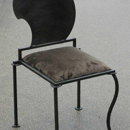 Chaise Comic - 520€